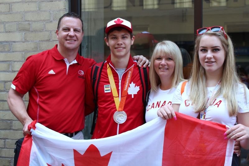 Liam Hickey with his family for the 2015 Parapan Am Games