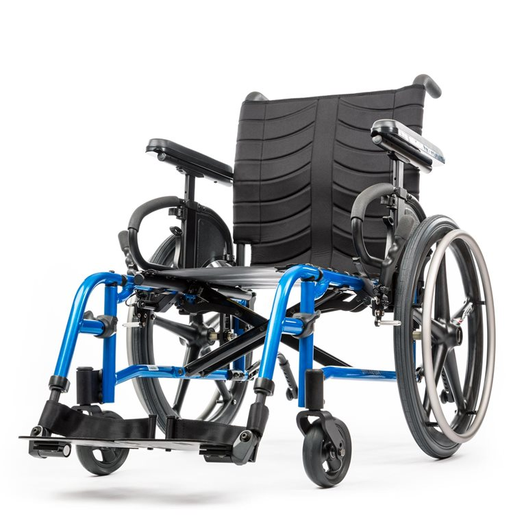 QUICKIE QXi/QX Lightweight Folding Wheelchair